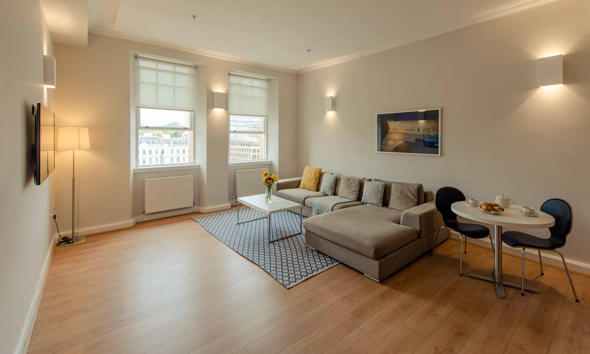 Living room two bed apartment PREMIER SUITES PLUS Glasgow George Square