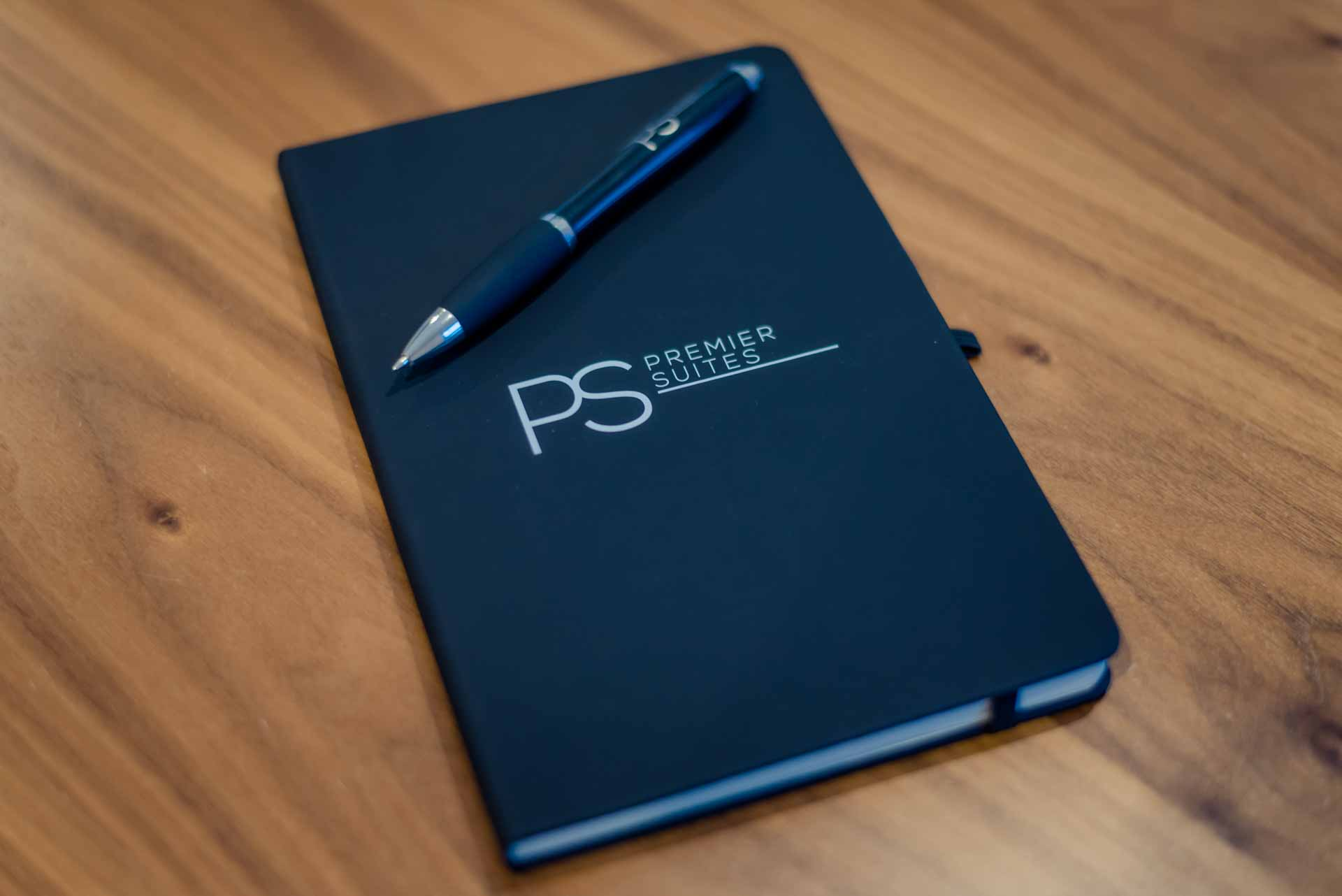 PREMIER SUITES Notepad PREMIER SUITES PLUS Glasgow George Square